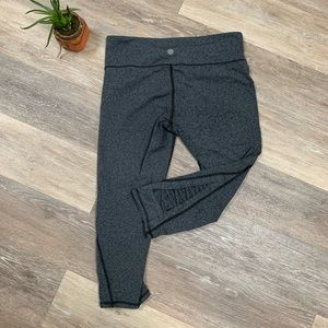 Athleta Gray Spacedye Criss Cross Capri Leggings